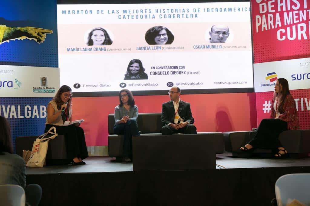 Consuelo Dieguez conversa con Juanita León, Óscar Murillo y María Laura Chang, finalistas del Premio Gabo en la charla Maratón de las mejores historias de Iberoamérica en la categoría Cobertura. Foto: David Estrada/FNPI.