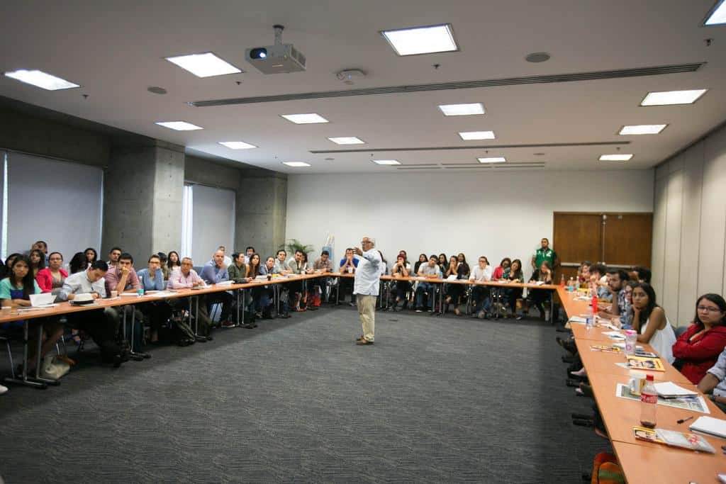 Miguel Ángel Bastenier en Taller ¿Cómo se escribe el periódico impreso o digital? Foto: Julián Roldán/FNPI.
