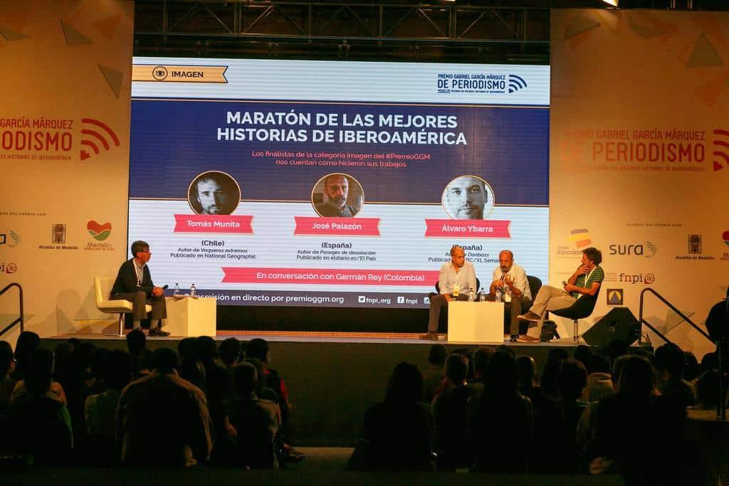 Charla 'Maratón de la categoría Imagen' con Tomás Munita (Chile), José Palazón (España) y Álvaro Ybarra Zavala (España) y con Germán Rey (Colombia). foto: David Estrada Larrañeta / FNPI
