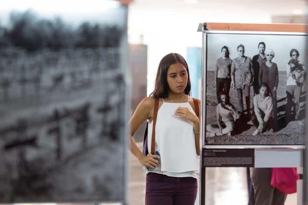 Exposición fotográfica de João Pina .foto: David Estrada Larrañeta / FNPI