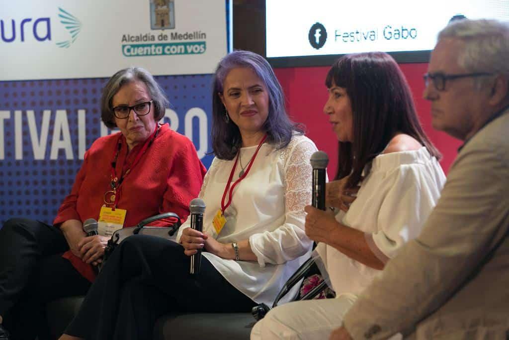Maruja Pachón, Luzángela Arteaga, María Jimena Duzán y Juan Cruz en la charla ''Detrás de noticia de un secuestro'. Foto: Julián Roldán/FNPI.. Foto: David Estrada/FNPI.