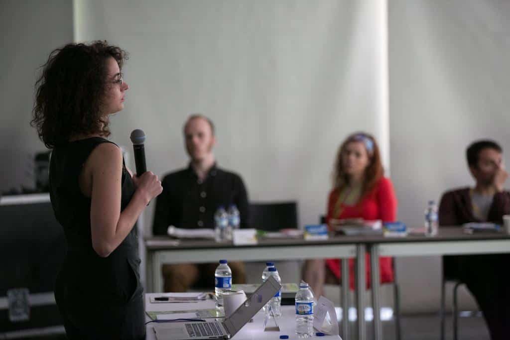 Laura Woldenberg en el taller 'Contar historias en video'.Foto: David Estrada/FNPI.