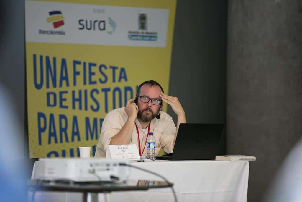 A. O. Scott en el taller 'La crítica en la era digital'. Foto: Julián Roldán/FNPI.