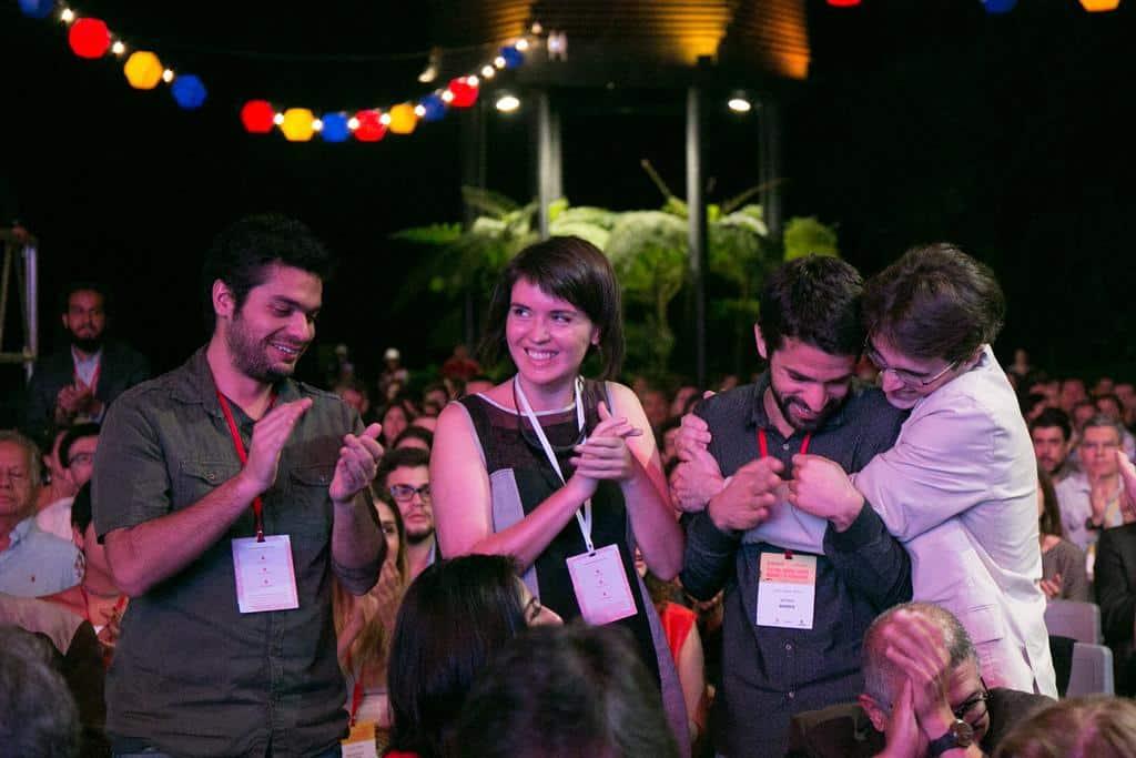 Caio Cavechini, Ana Aranha, Carlos Juliano Barros y Caue Angeli, ganadores del Premio Gabo 2016 en la categoría Imagen. Foto: David Estrada/FNPI.
