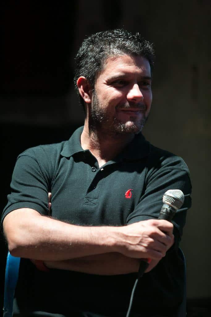 Alfonso Buitrago durante su participación en la charla 'Defender la tierra y la identidad' (2016). Foto: Julián Roldán /FNPI.