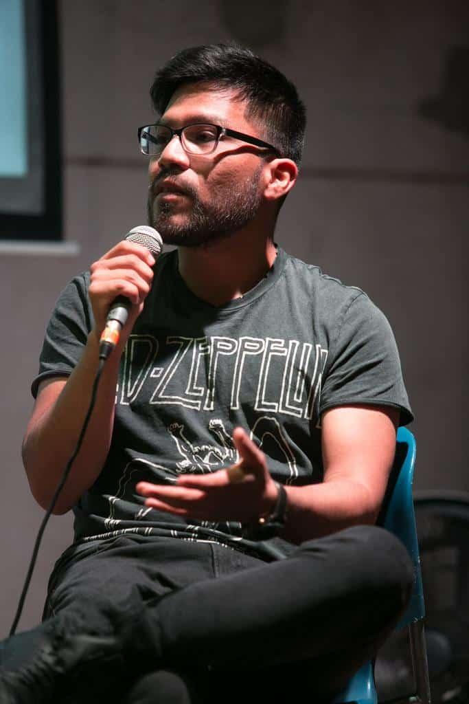 Joseph Zárate en la charla 'Defender la tierra y la identidad' (2016). Foto: Julián Roldán /FNPI.