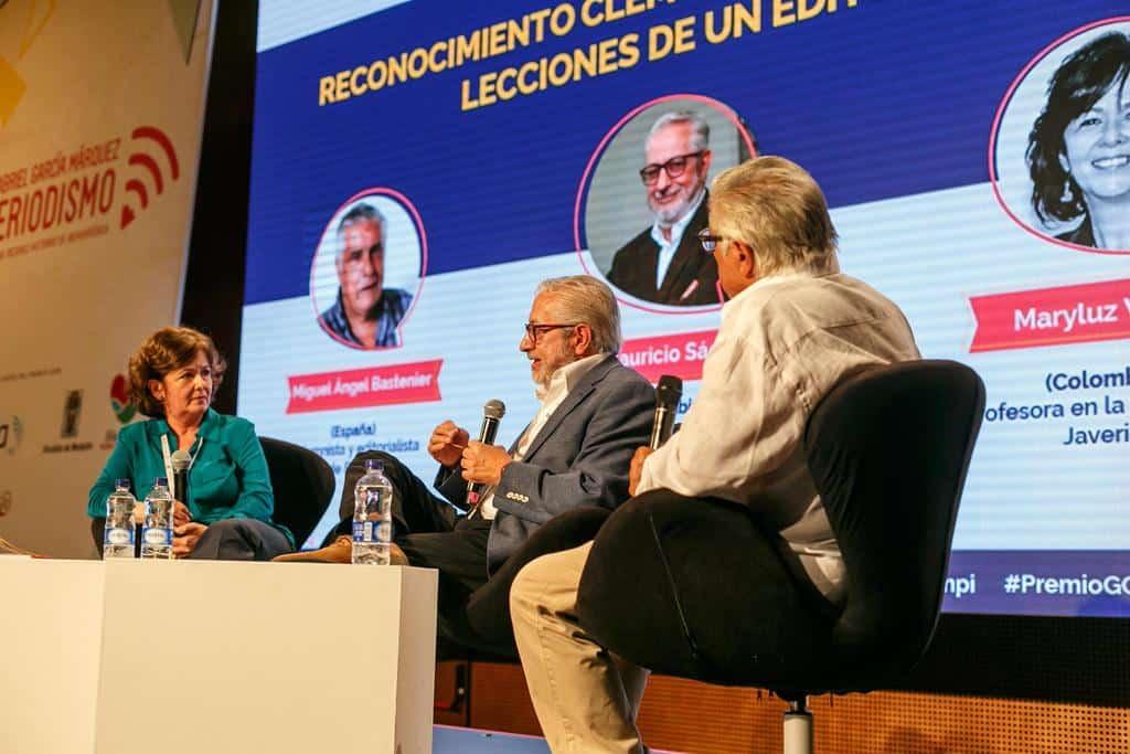 Mauricio Sáenz (Colombia), ganador del reconocimiento a la trayectoria de un editor colombiano, en conversación con Miguel Ángel Bastenier (España) y Maryluz Vallejo (Colombia).