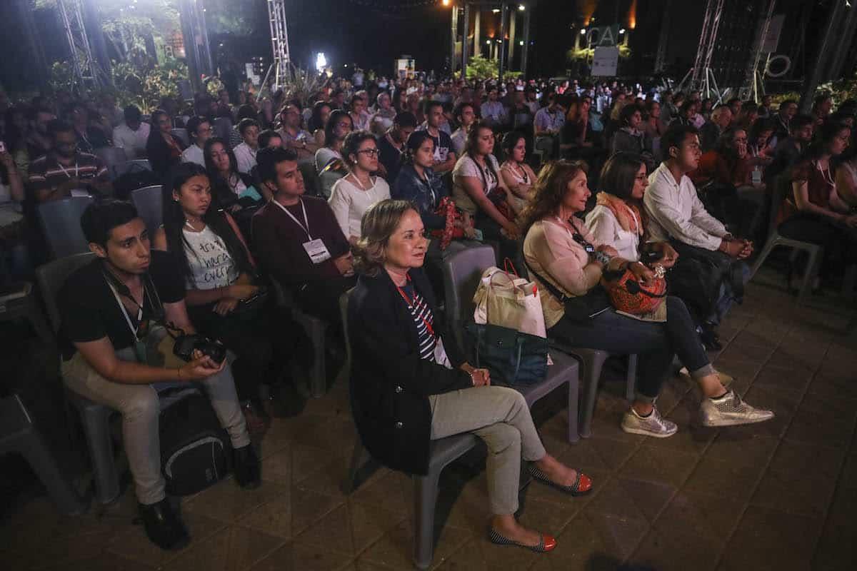 Asistentes a la charla el Chip de Bastenier. Foto: David Estrada Larrañeta/FNPI
