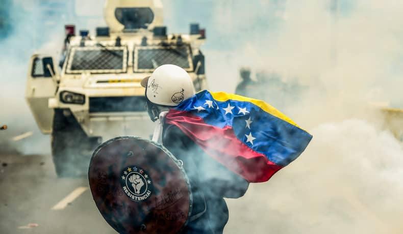 Crisis en Venezuela. Fotos deRonaldo Schemidt, publicadas enAFP, México.
