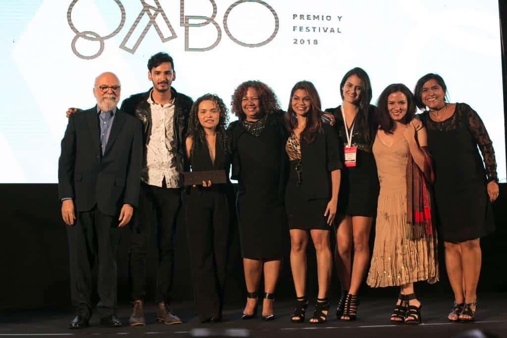 Parte del equipo de El Tiempo y Efecto Cocuyo, ganadores del Premio Gabo 2018 categoría Cobertura. Foto: David Estrada Larrañeta/Fundación Gabo.
