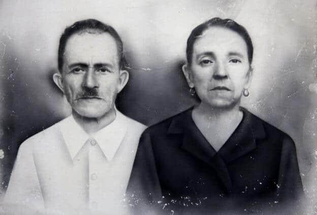 Sus abuelos José María Colorado y María Dolores González.