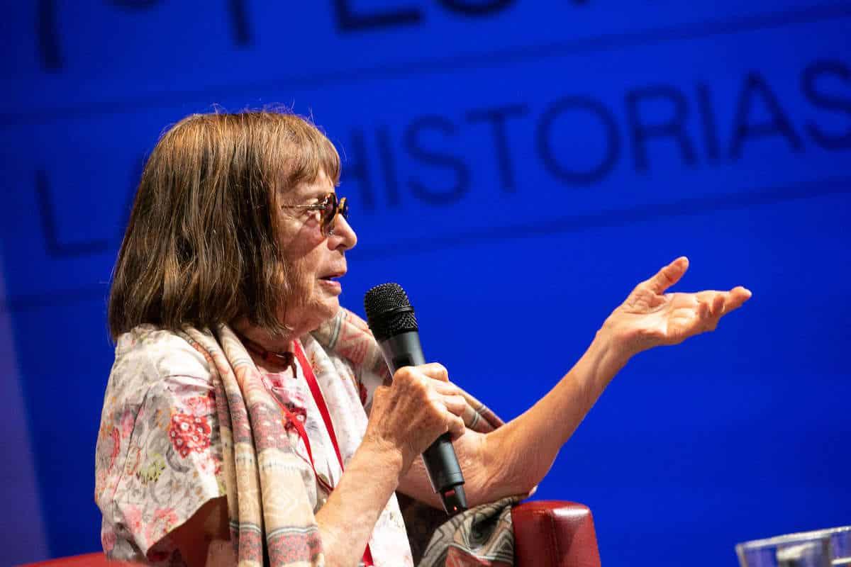 Beatriz González, uno de los referentes del arte colombiano a nivel mundial, conversó con el periodista y crítico Germán Rey, durante el Festival Gabo 2019.